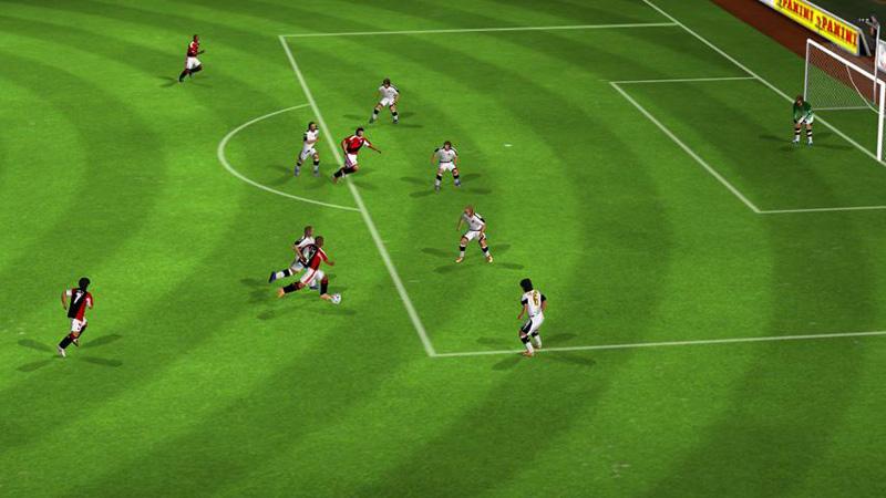 Real Football 2012 скачать